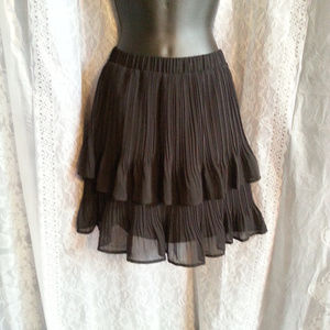 Worthington petites pleated black skirt NWT